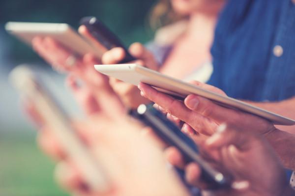 Uyali mashinalari royxatdan otmasdan va SMS-xabarlarsiz onlayn ravishda bepul oynashlari mumkin